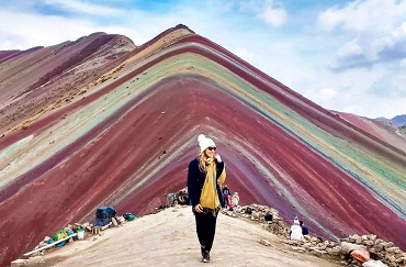 tour-rainbow-mountain-trek